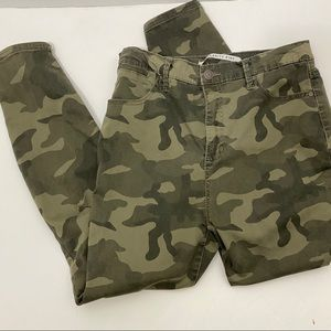 Celebrity Pink Camo High Rise Ankle Skinny 11 / 30
